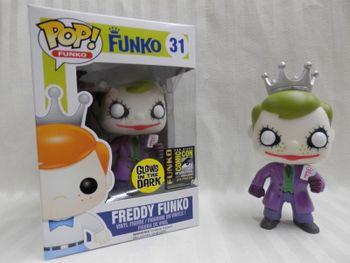 image de The Joker (The Dark Knight) (Glow In The Dark)(Freddy Funko)