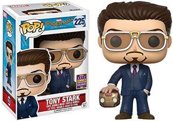 image de Tony Stark (Homecoming) (Holding Helmet) [Summer Convention]