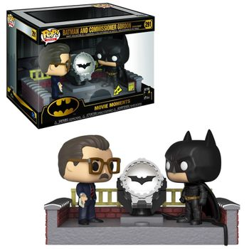 image de Batman and Commissioner Gordon (Batman Begins) (with Light-Up Bat Signal)