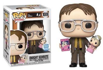 image de Dwight Holding Doll